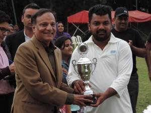 L to R H.E. Mr Rafiuzzaman Siddiqui Pakistan High Commissioner to Kenya hands over Winning Trophy to Rana Uzair