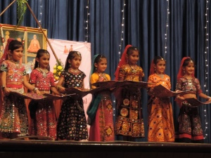 Girls from the Shree Gujar Sutar Temple performed a Traditional Rajashtani Dance