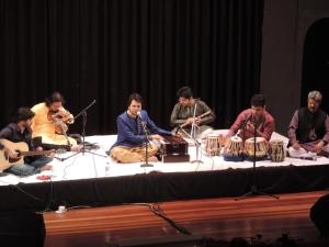 L to R Manmeet Singh (Guitar), Sujit Chaudhry (Violinist), Jazim Sharma, Tejal Vichirkar (Flute Player), Jain Bhatnayak (Tabla Player), Mohamed Arif (Emcee)