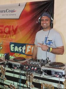 DJ Rishi Chauhan at Utsav 2014