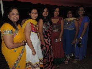 L to R Kamla Fatmia, Monica Gupta, Sangeeta Malde, Jeeta Malde, Seema Shah, Bijal Shah