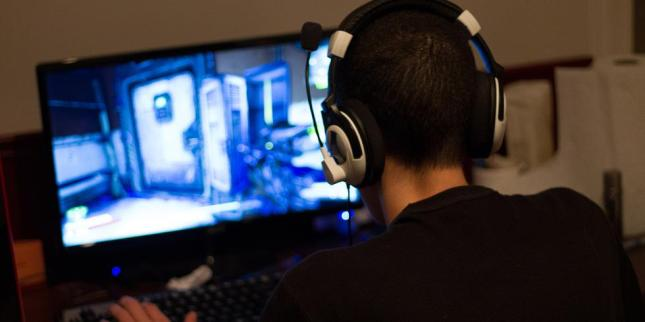 Child Playing Video Game Courtesy Digital Spy UK